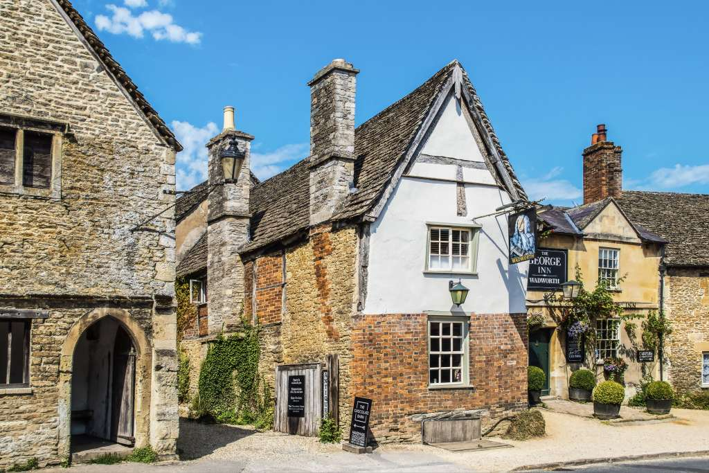 Private Cruise Transfer From Southampton to London via Bath and The Cotswolds